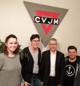Der bestätigte Vorstand auf der Jahreshauptversammlung unter dem Logo des CVJM
